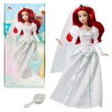 Poupée classique Disney Ariel en robe de mariée